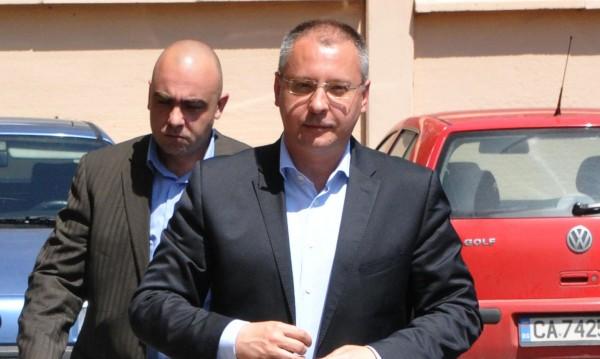 Станишев, Първанов и Борисов - на разпит за парите на НРС