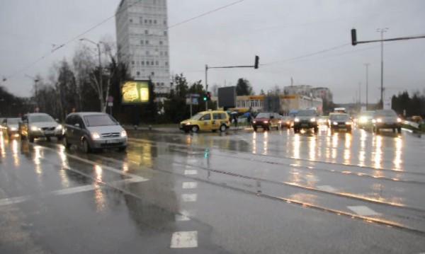 Експериментът в Dnes.bg: Дебнат ни светофари-убийци