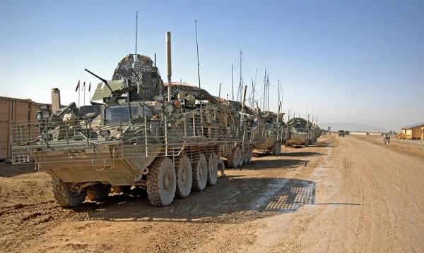 US брониранитe машини Strykers кацнаха в Бургас