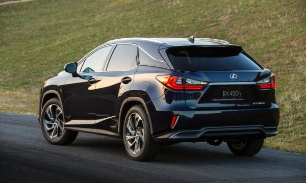 Новото поколение Lexus RX дебютира в Ню Йорк