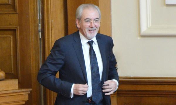 "ДПС сезира Цацаров за ""сейфовете"" на Василев"