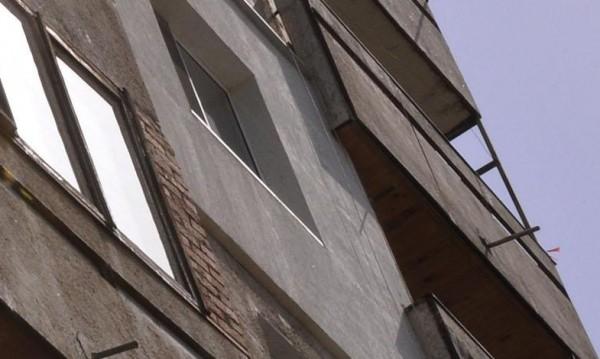 Старица полетя фатално от 4-тия етаж в Бургас