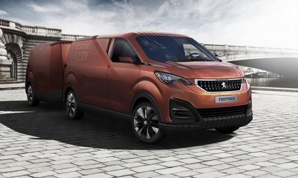 Peugeot изненада света с ресторант на колела