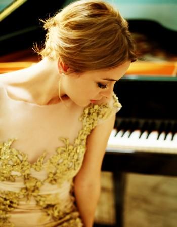 Юдит Хауреги: Изхвърлих цигулката като малка и ме записаха на пиано!