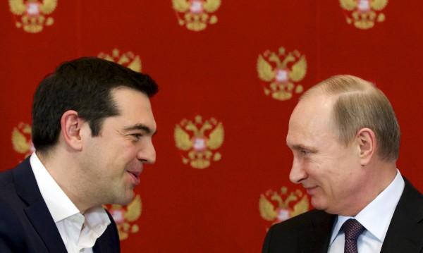 Новата европейска ос на Путин тръгва от Атина към Прага