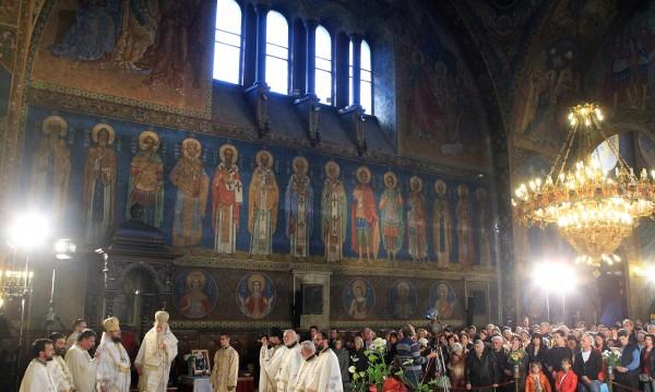 Втори звън в църквата възвести: Христос Воскресе!