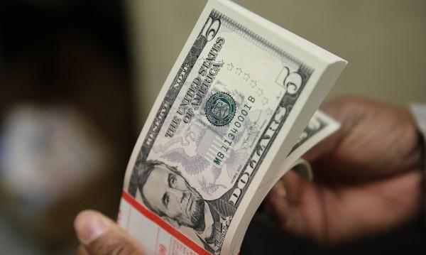 САЩ губят блясъка си, надеждата на финансовите пазари е Европа