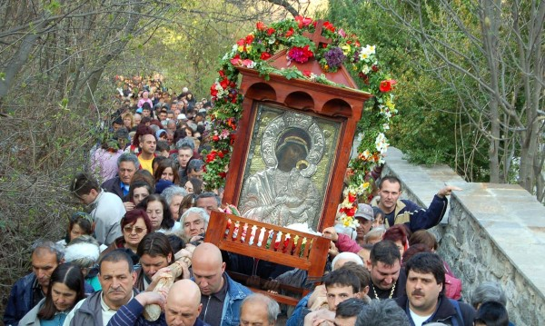 Хиляди богомолци се събраха в Бачковския манастир