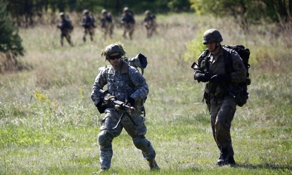 В Украйна пристигнаха 300 американски десантчици