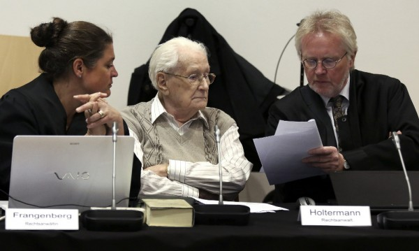 Бивш служител от лагера на смъртта в Аушвиц помоли за прошка