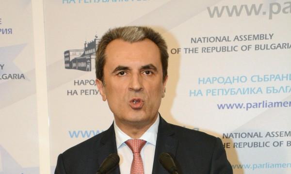 Орешарски скрил доклад за финансовата стабилност у нас