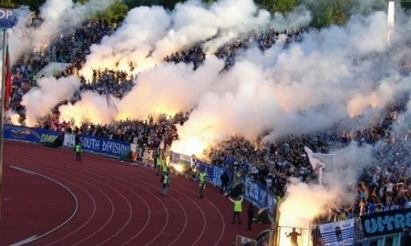 """""""Сините"""" фенове разграбиха 11 000 билета за мача в сряда"""