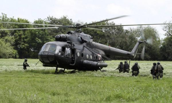 Наркобанда свали хеликоптер с гранатомет в Мексико