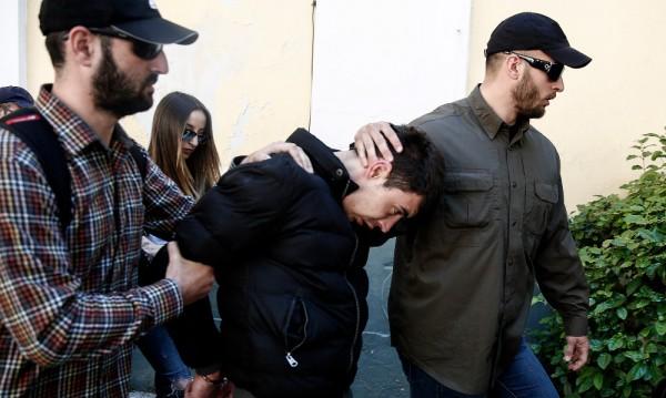 Пращат убиеца на Ани в изолирана килия на Корфу