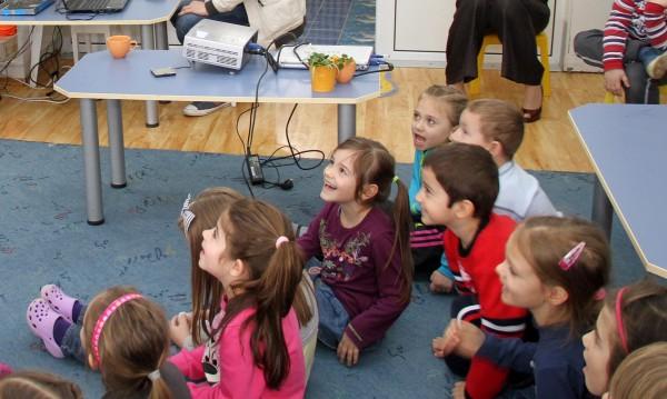 12 000 деца извън детските градини и яслите в София