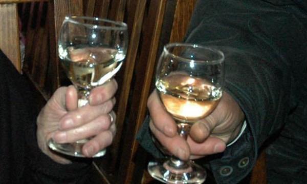 Спипаха 35 литра нелегален алкохол в Перник