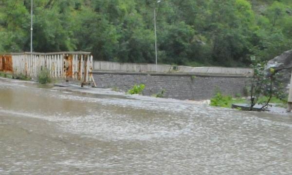 Пак се чакат повишения на нивата на реките