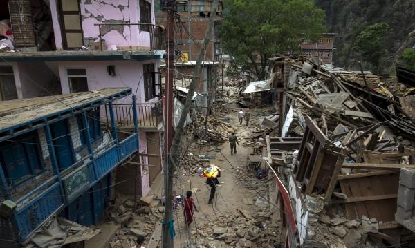 Нов трус удари Непал – 5,7 по Рихтер