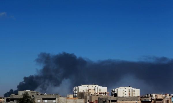 Един убит и седем ранени в самоубийствен атентат в Източна Либия