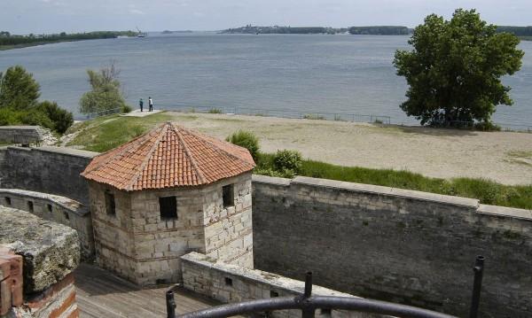 Забраниха къпането в Дунав и видинските плажове