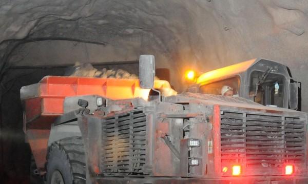 Миньор загина в рудник в Мадан