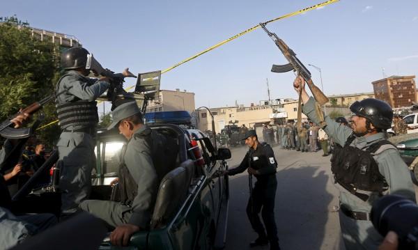 Бунтовници нападнаха хотел, посещаван от чужденци, в Кабул