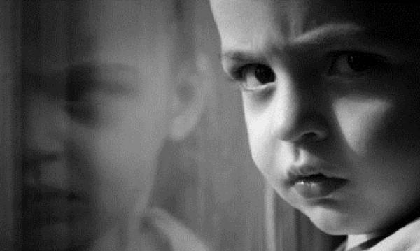 Срив на осиновяванията! Търсим малко, бяло и здраво