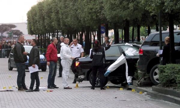Трима души бяха убити в центъра на Тирана
