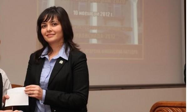 35-годишна професорка - ректор на Стопанската академия