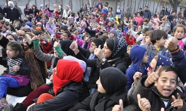 New York Times: Европа не бърза да приема бежанците!