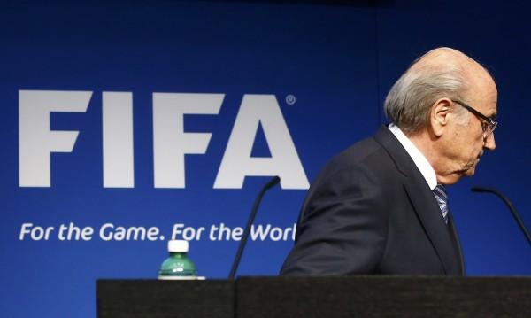 Сензационно: Сеп Блатер подаде оставка като президент на ФИФА