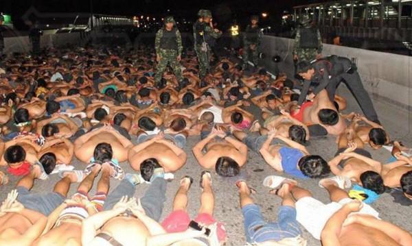 Повече от 400 арестувани за нелегални гонки в Банкок