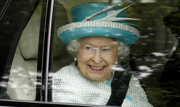 """Би Би Си  с """"репетиция за некролог"""" на кралицата"""