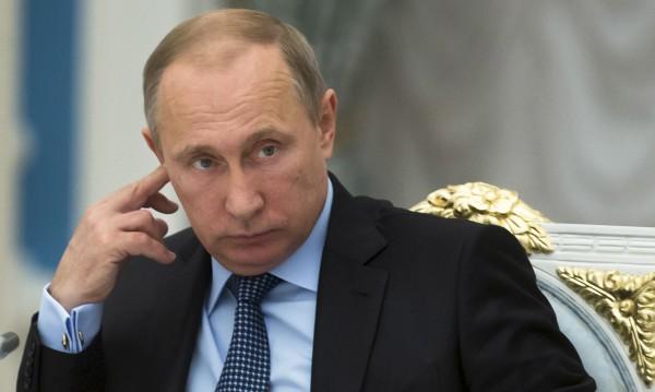 Западът не може да влияе на Русия, Меркел и Обама в шах