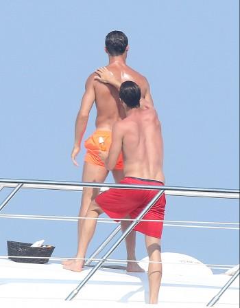 Кристиано Роналдо – хомосексуалист?