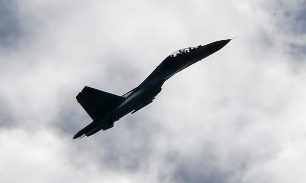 Руски изтребител прелетял на 3 м от самолет на САЩ