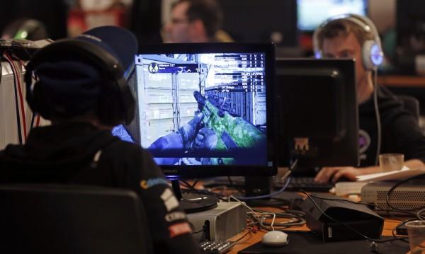 Изненада: PC игрите раздвижват повече от играта навън