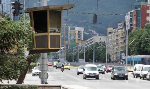 """""""Умни"""" светофари пращат в историята катаджиите в будки"""