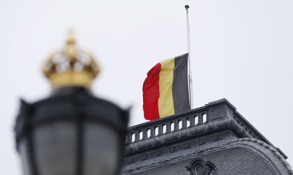 Отменят матури в Белгия заради теч в интернет