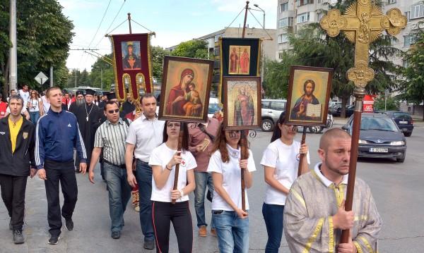 С молитва и шествие Варна си спомни за трагедията в Аспарухово