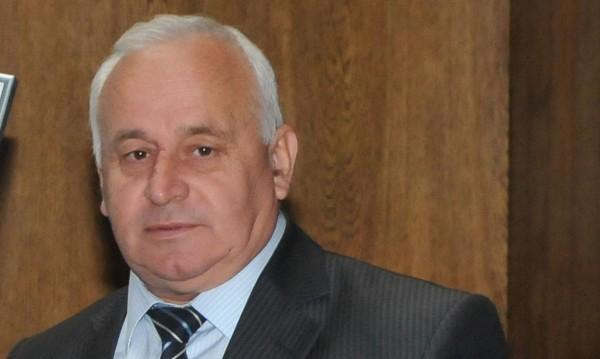 Кметът на Ботевград: Сам отидох на разпит, без белезници!