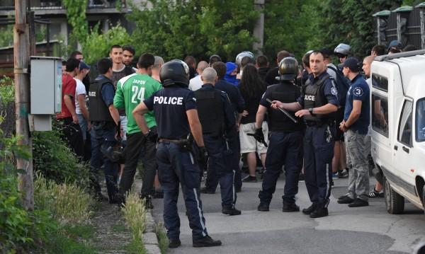 Полицейски патрули в гетата: Истинско или никакво решение