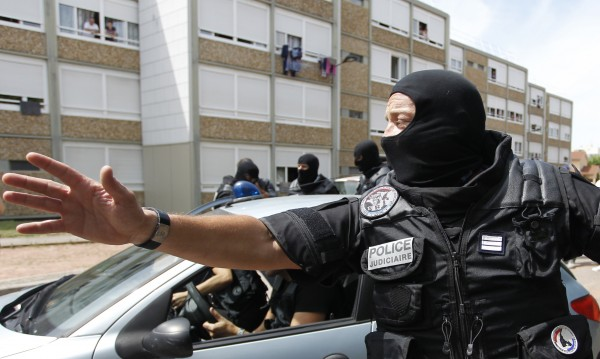 Атентаторът в Лион призна, че е обезглавил работодателя си