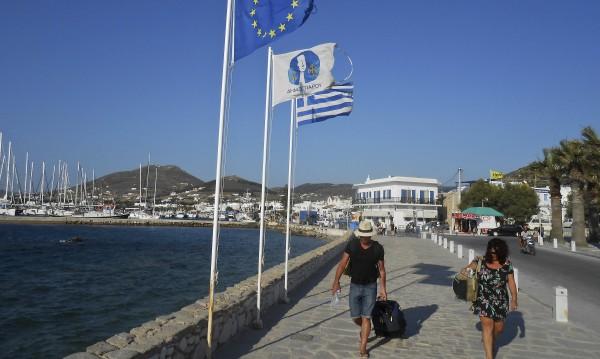 Бензин и кеш по гръцките курорти – тука има, тука не
