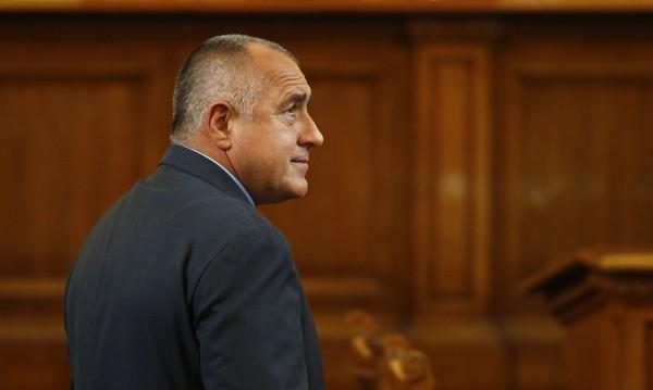 Юни: Борисов се еманципира, БСП се затвори, ДПС печели