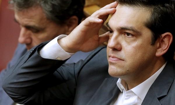 В Атина се очертават промени в кабинета и избори