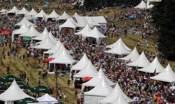 Над 8100 изпълнители участват на Роженския събор