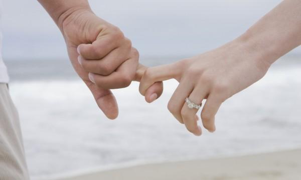 Не се женим, но пък българката ражда – извънбрачно