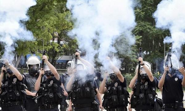 Ожесточени сблъсъци на протест в Диарбекир