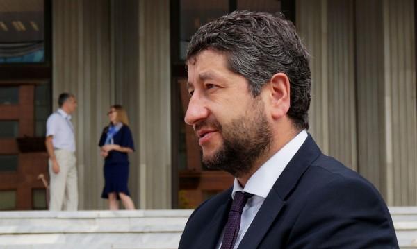 Христо Иванов очаква 180 подписа за реформата
